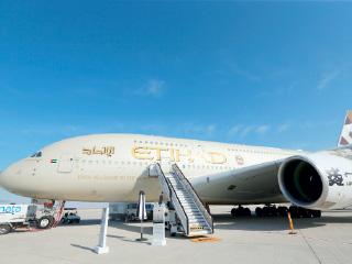 «دبي للطيران» يعيد الثقة لصناعة النقل الجوي بصفقات تتجاوز 417 مليار درهم