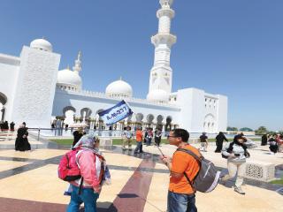 الصين الأولى في قائمة الأسواق المصدرة للسياح إلى أبوظبي في 9 أشهر