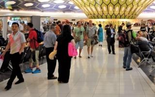2.1 مليون مسافر عبر مطار أبوظبي خلال سبتمبر