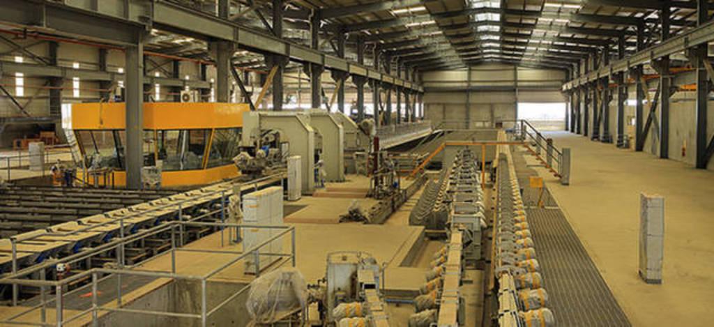 اندماج محتمل لإنشاء أكبر كيان لمواد البناء والحديد في الإمارات