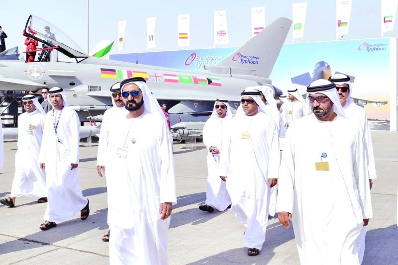 محمد بن راشد يفتتح «أكاديمية الإمارات لتدريب الطيارين» من أبناء الوطن
