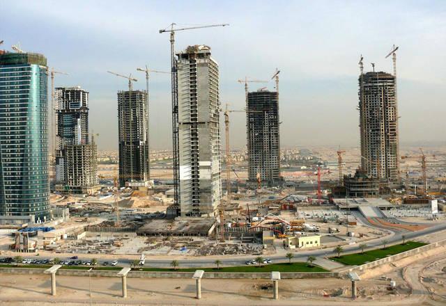 تقرير يتوقع تباطؤ نمو قطاع البناء في دبي وأبوظبي