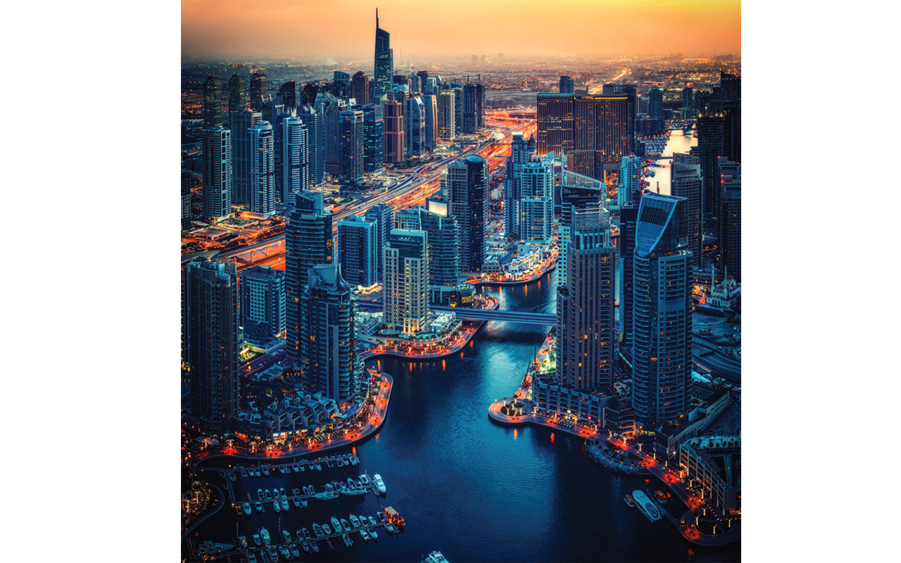 «فاينينشال تايمز»: دبي تمنح المقيمين حرية لا توفرها نيويورك