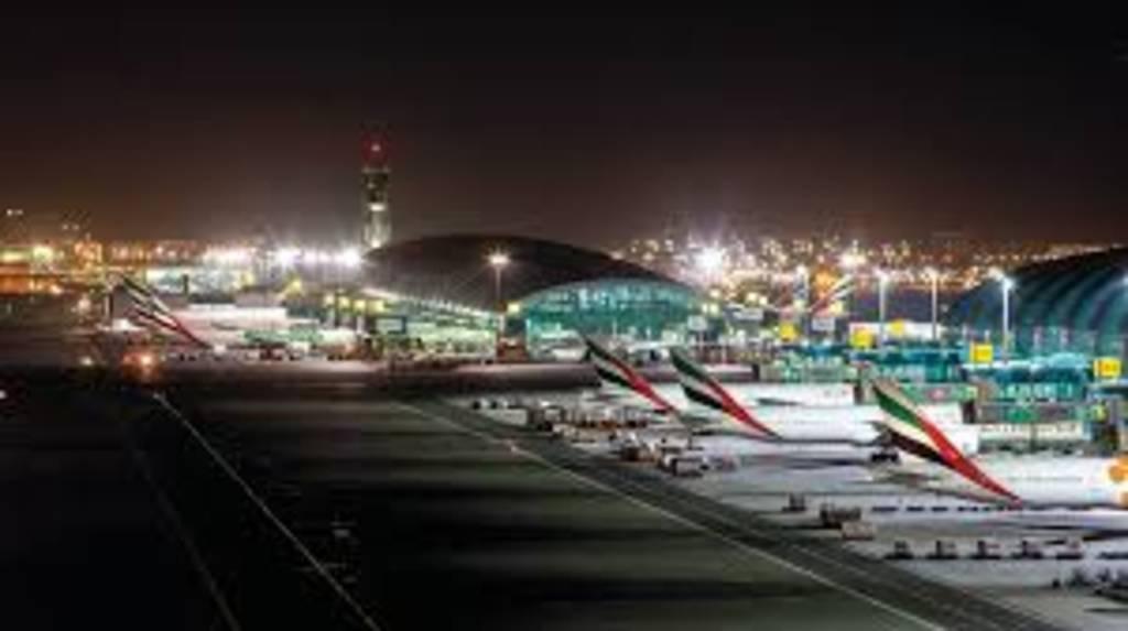 65 شركة طيران وشحن تستأنف عملياتها في مطار دبي الدولي