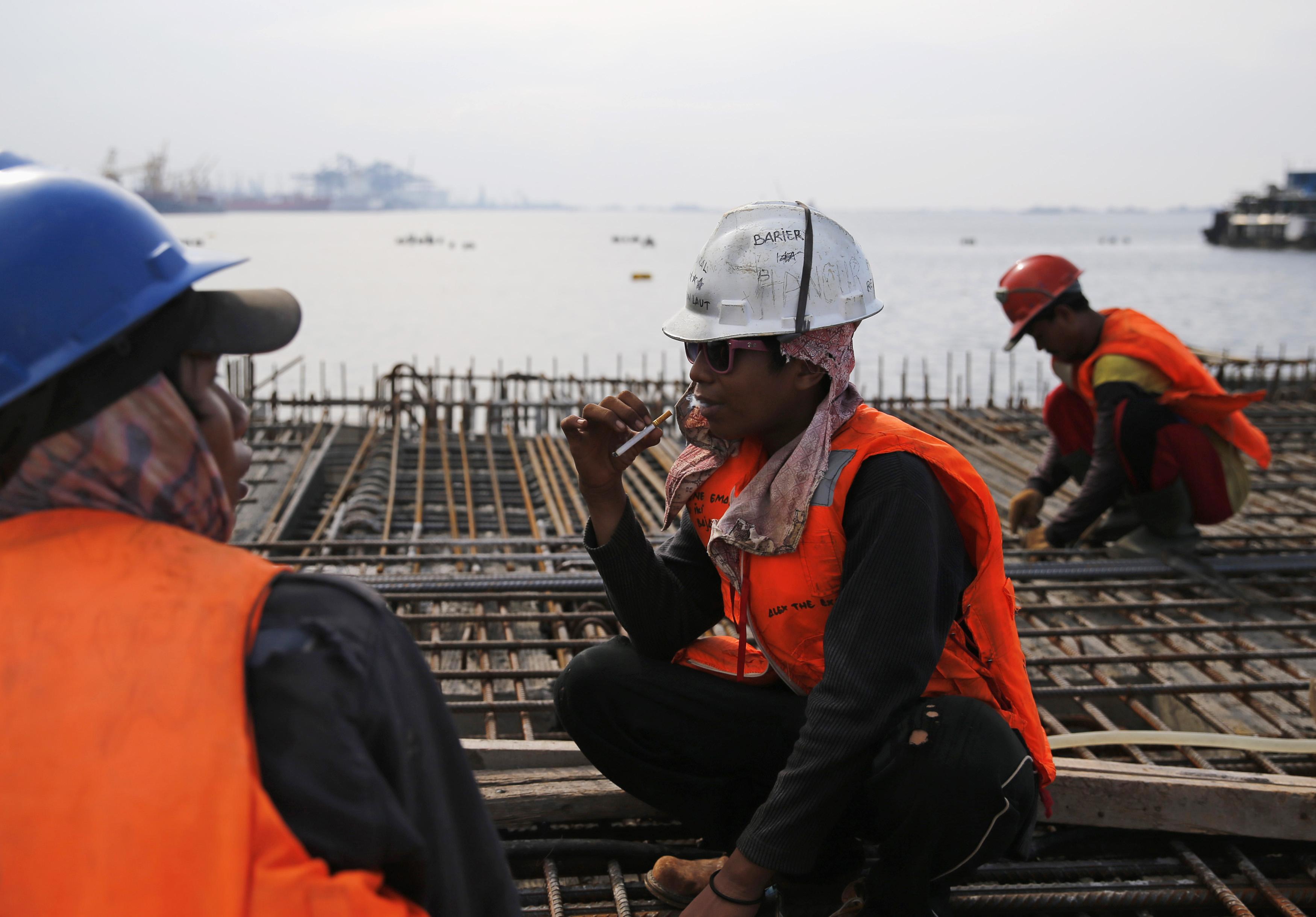 تقرير-77 مليار دولار مشاريع البناء المنجزة في