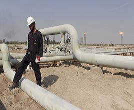 النفط يتجه لتسجيل سابع اسبوع من الخسائر