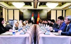 الإمارات وقيرغيزيا ترسيان قواعد للتعاون في 13 قطاعاً حيوياً