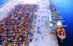 %60 نمواً في الصادرات غير النفطية لأبوظبي