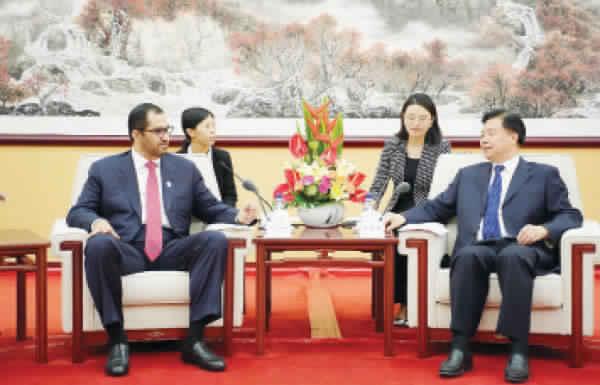 «أدنوك» تبحث توسيع الشراكات الاستراتيجية والاستثمارات مع الشركات الصينية