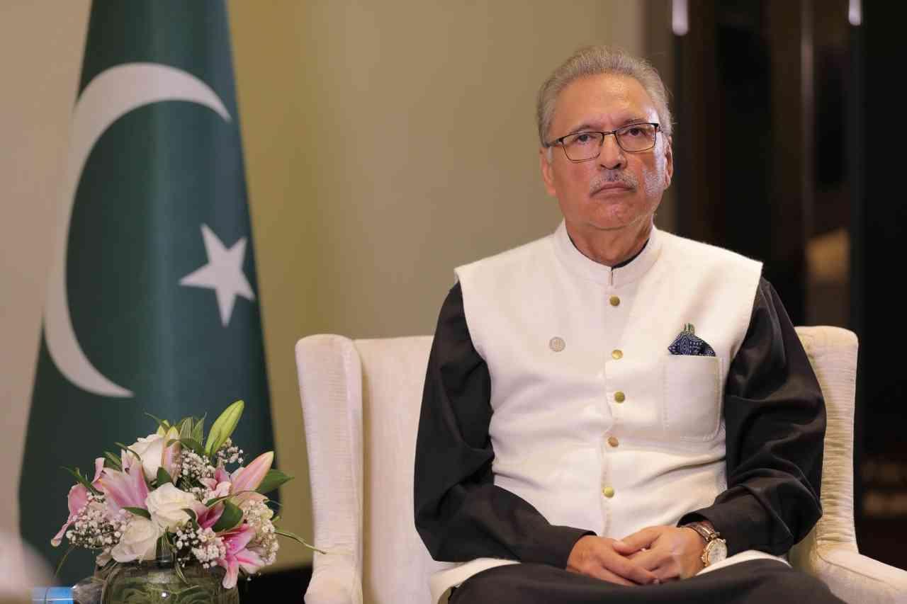رئيس باكستان: موانىء جوادر وجبل علي تدعم التجارة الدولية