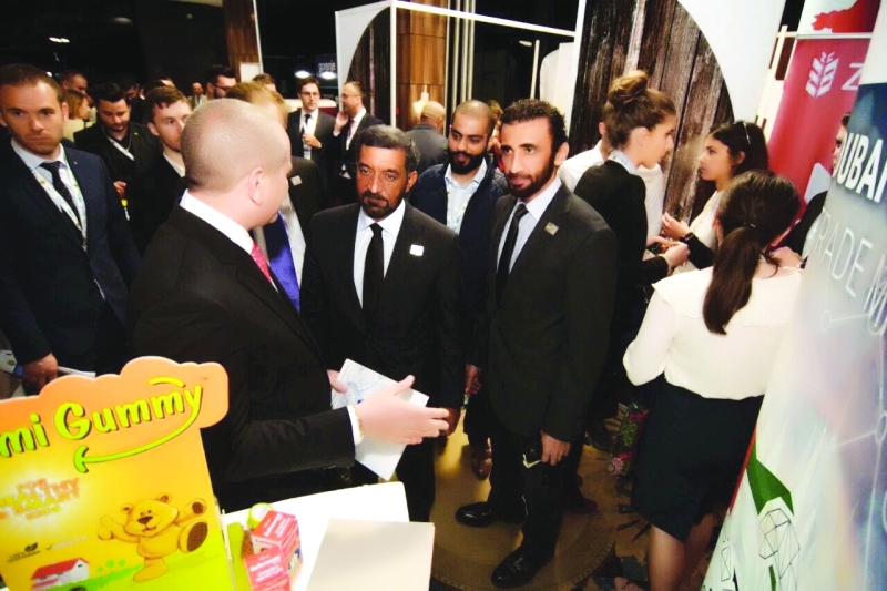 Ahmed bin Saeed visits UAE companies participating in the Sarajevo forum