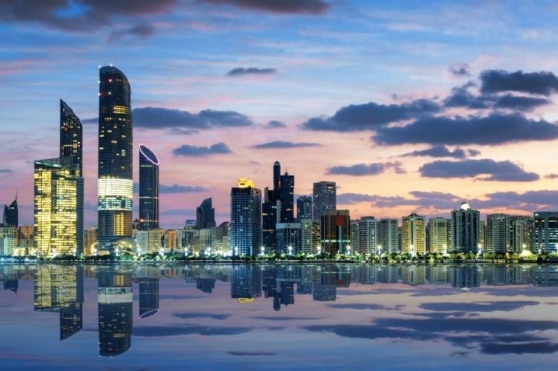 أبوظبي تضخّ 10 مليارات لمشاريع البنية التحتية 2020