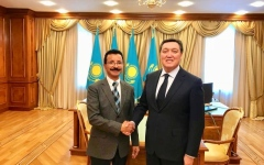 موانئ دبي العالمية تبحث استثمارات جديدة في كازاخستان