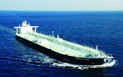 تحميل أكبر شحنة وقود في التاريخ من ميناء الفجيرة