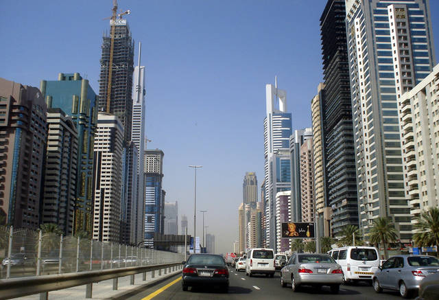 استبيان يكشف تفاؤلاً بأداء قطاع الإنشاءات الإماراتي