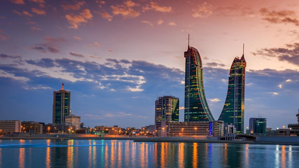 زيادة حجم التجارة بين الإمارات والبحرين بأكثر من 75٪