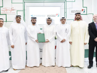 «اقتصادية دبي» توقع اتفاقية تعاون مع «بريد الإمارات»