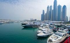 الإمارات الثامنة عالمياً في عدد اليخوت الفارهة الراسية