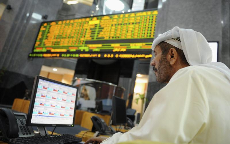 أبوظبي يستقبل العام الجديد بانخفاض 0.49%