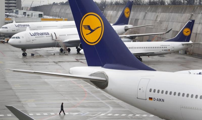 الصيانة ورسوم الوقوف تحديات إضافية لشركات الطيران
