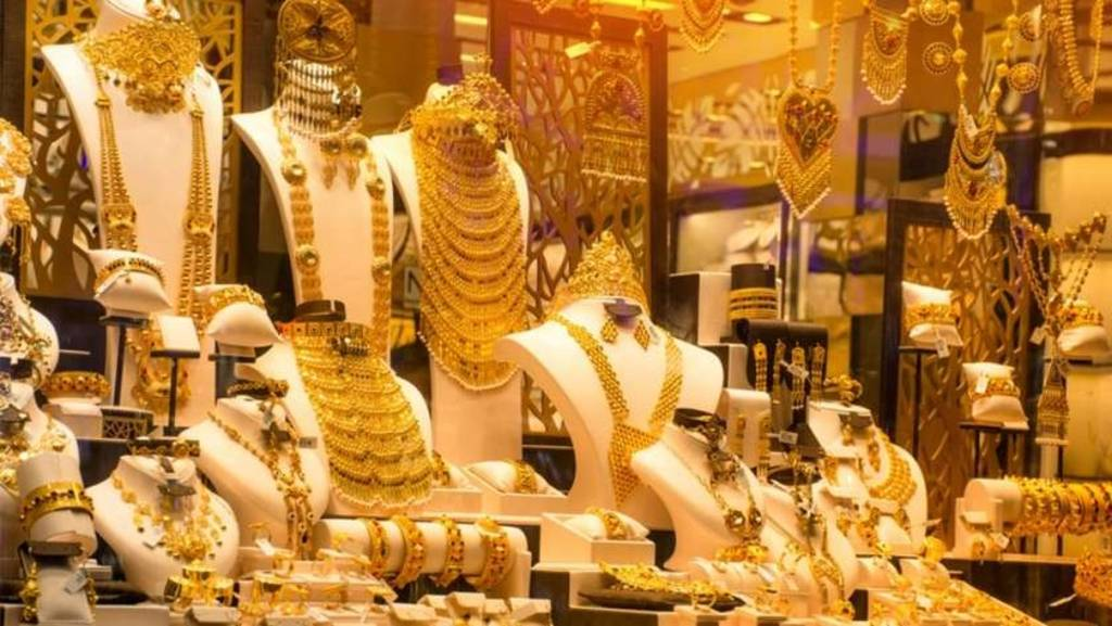 Analysis .. Corona fears boost local gold prices in the UAE