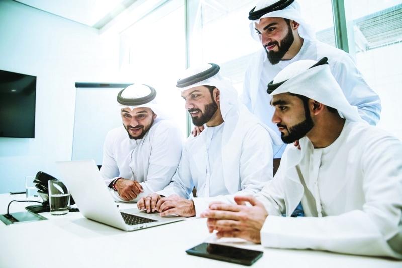 الإمارات الأولى عربياً و12 عالمياً في العمل المؤسسي الجماعي