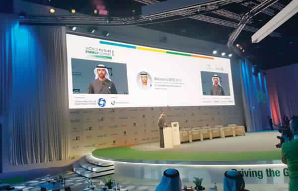 سهيل المزروعي: خطط الإمارات للاكتفاء الذاتي من الغاز تسير وفق المخطط