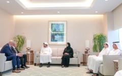 مكتوم بن محمد: كل الدعم للاستثمار واستقطاب الشركات العالمية