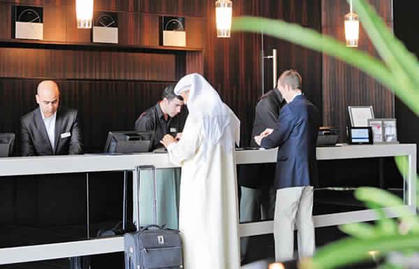 السياحة الخليجية والمحلية تنعش الإشغال الفندقي في الإمارات صيفاً