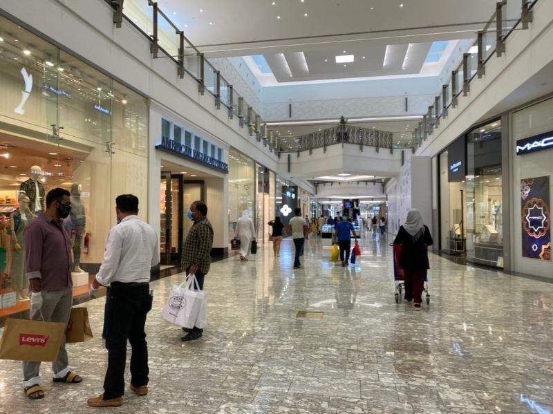 المراكز التجارية في عيد الفطر الأولوية سلامة المتسوّقين