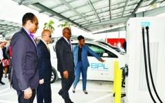الإمارات تدشن 3 مشاريع رئيسة للطاقة الشمسية في الكاريبي