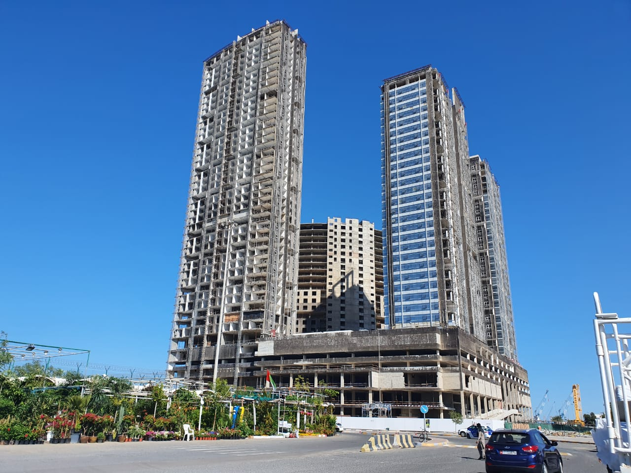 Experimental test to demolish 4 towers in Abu Dhabi