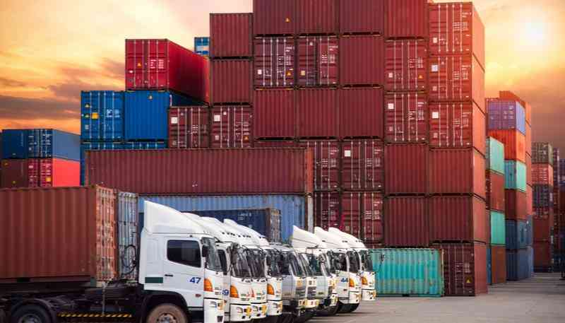 6.3 billion dirhams loans to the transport and storage sector in the UAE within 3 months