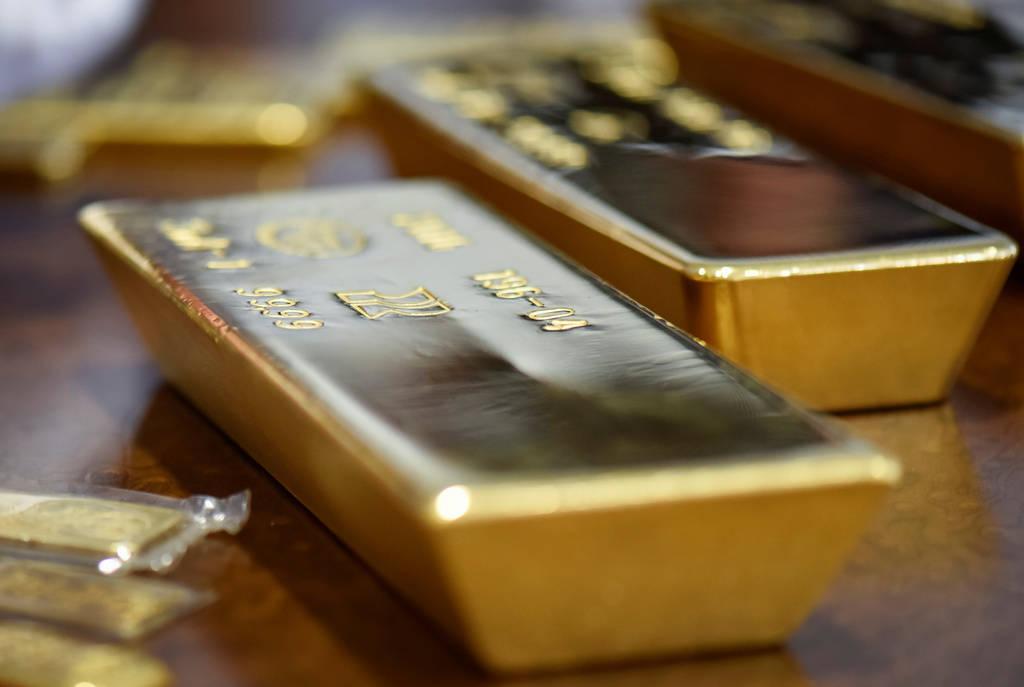 هبوط أسعار الذهب مع التفاؤل بالأوضاع التجارية