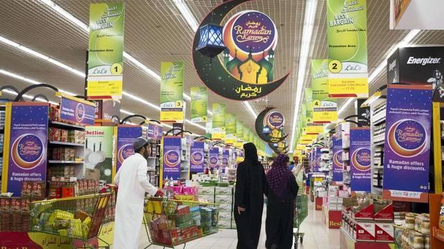 الإمارات: حملات رقابية على العروض الرمضانية
